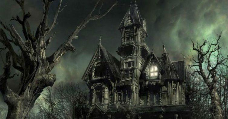 Resultado de imagem para casa assombrada