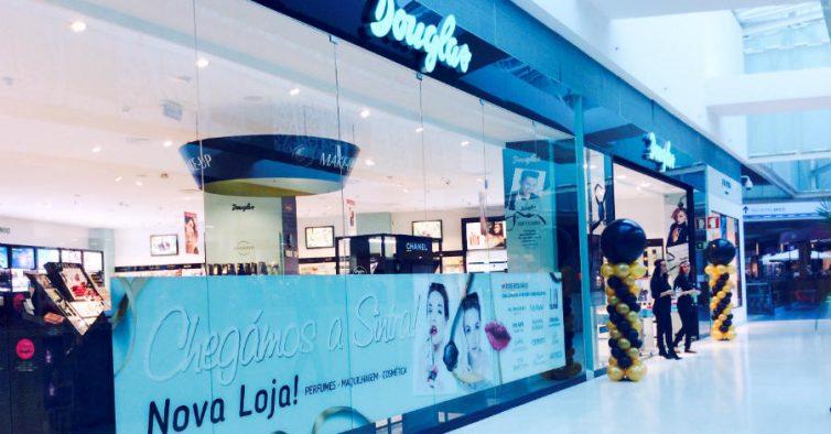 Douglas abre loja no Fórum Sintra - NiT d419d5f1ea