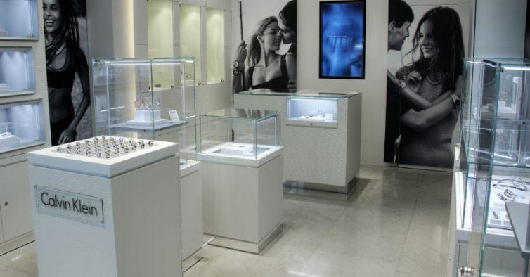 bcecf2ee8eb94 A primeira pop up store da Calvin Klein vai abrir no Porto - NiT