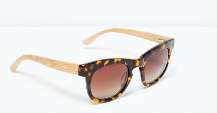 7b507b4e0 Seguem a tendência dos óculos com armação de madeira. A parte da frente é  em padrão de tartaruga. Estão disponíveis nas lojas da Zara ...