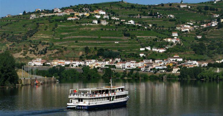 6d549921df Fazer um cruzeiro no Douro - NiT
