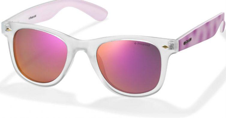 158ac4554 Para o verão, a marca suíça preparou uma coleção de óculos repleta de cor e  padrão. O modelo unissexo tem lentes polarizadas de várias cores e hastes  com ...