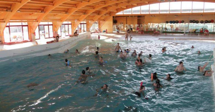 H tr s piscinas e s o todas diferentes nit for Piscina zmar