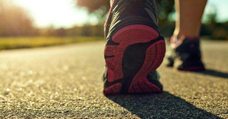 Acreditar: zumba, uma caminhada e uma boa ação