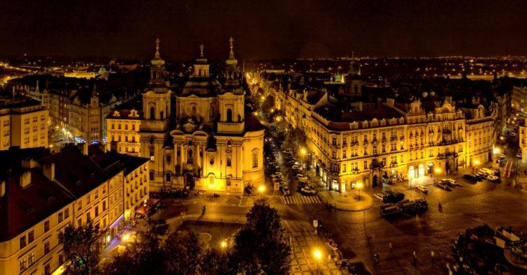Czech Airlines lança campanha com Porto-Praga por 179€