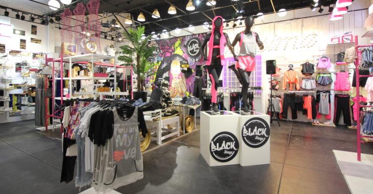 3dab3d898 Béllissima: a nova loja do Porto tem roupa para homem e mulher a preços low  cost
