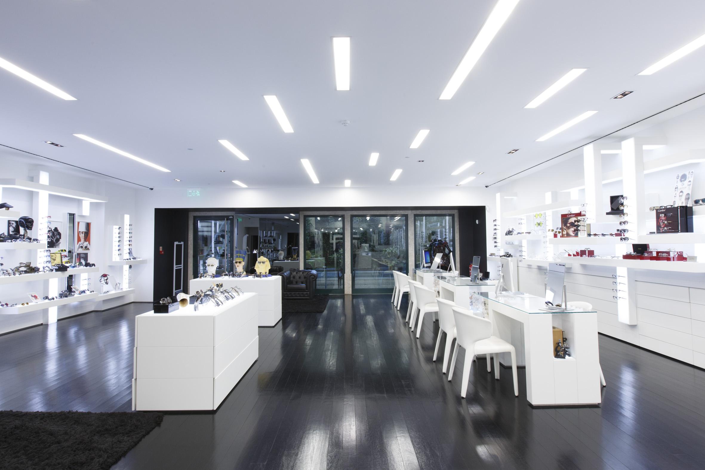 0546b74c119b0 André Ópticas abre loja em Cascais
