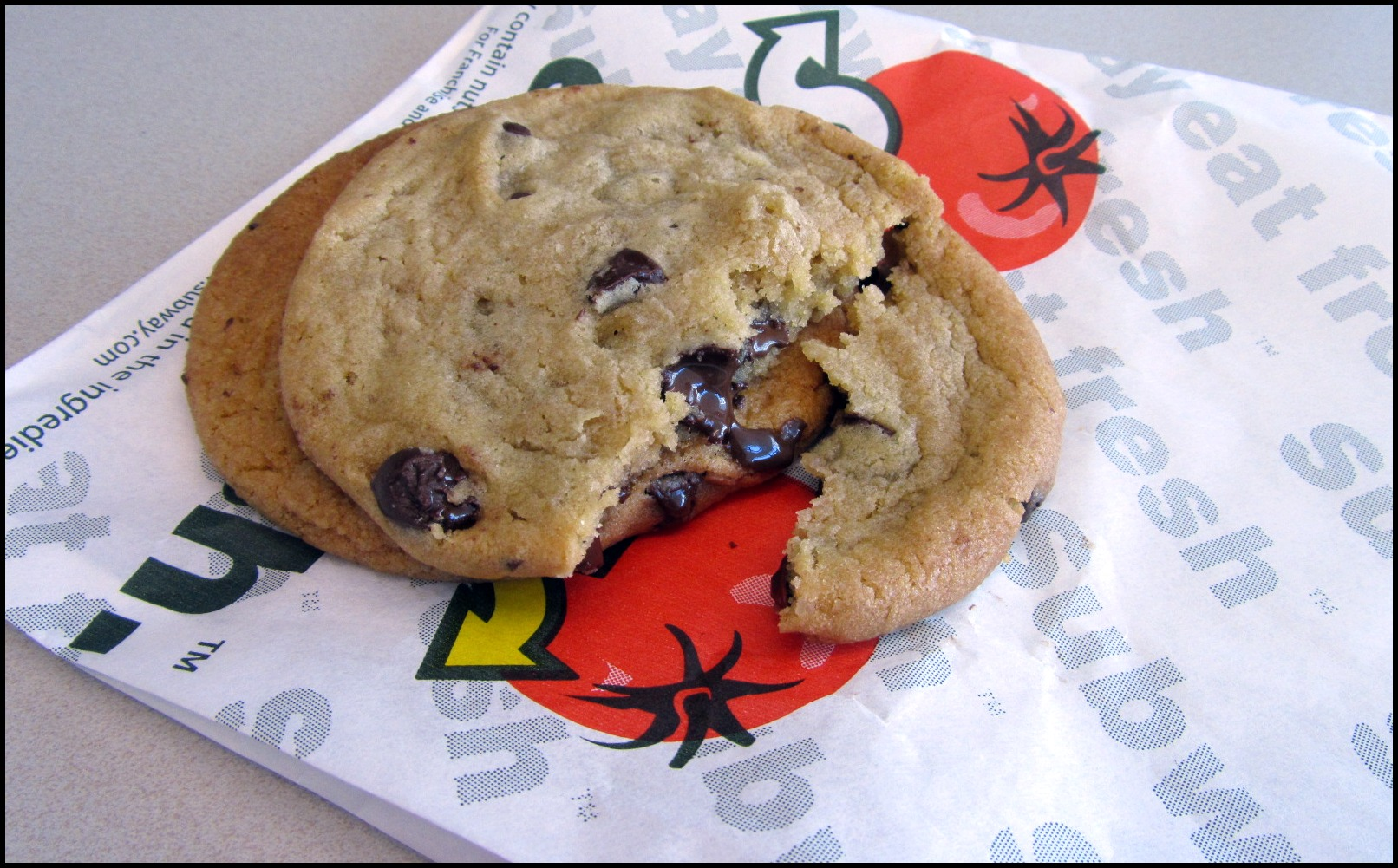 Carbs In  Betty Crocker Oatmeal Chocolate Chip Cookie