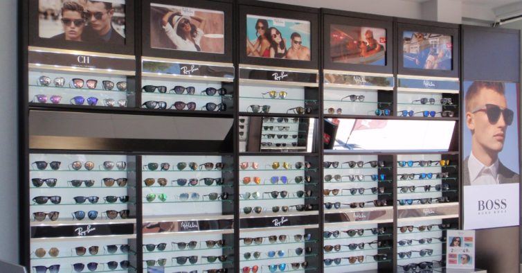 0caaf59879cc0 Alain Afflelou  há duas novas lojas de óculos no País