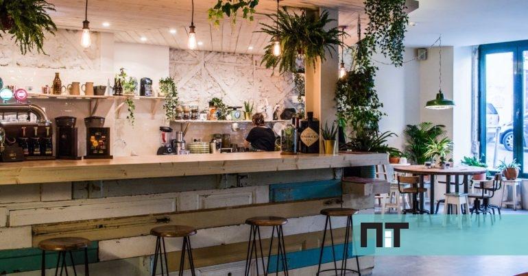 Fauna flora na nova cafetaria de lisboa h brunch at ao jantar - Decoradores de bares ...