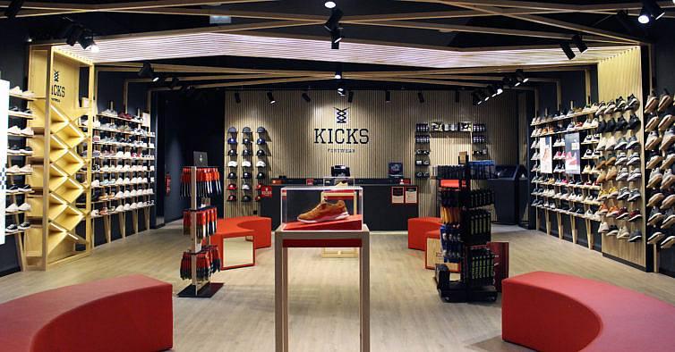 ef438122681 Há um novo paraíso de sapatilhas exclusivas no Grande Porto
