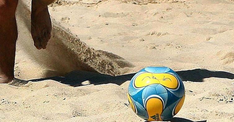 4b30f93a0b Sesimbra recebe torneio de futebol de praia