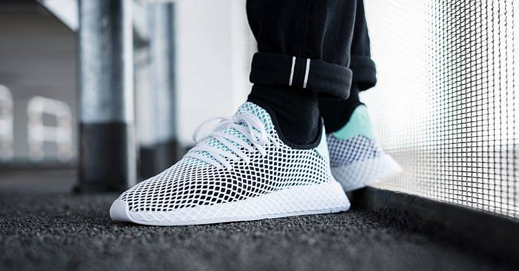 22877ccd46 Adidas lança novas sapatilhas na loja dos Restauradores — com concerto e  tudo