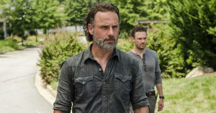 """Andrew Lincoln confirma saída de """"The Walking Dead"""": """"Parte de mim será sempre o xerife que mata zombies"""""""