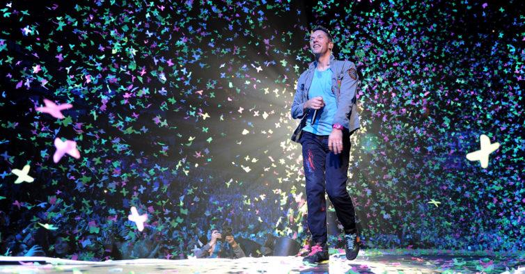 b1a602eceb Coldplay mudam de nome e têm uma nova música com Pharrell Williams