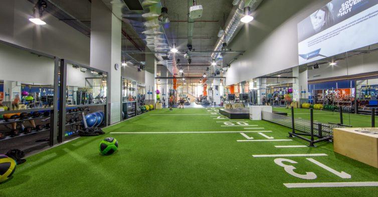 Ginásios e outdoor. O novo ginásio na zona de Cascais tem tudo o que  precisa para mudar de vida 16f0ee86a05aa