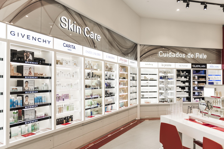 Resultado de imagem para perfumes e companhia loja