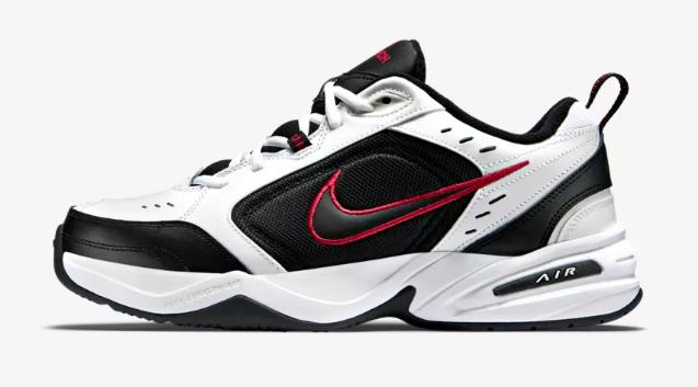 a04ec78ad2 ... Sports Direct  0749d309d78 As novas sapatilhas da Nike custam 55€ — e  já são das mais vendidas ...