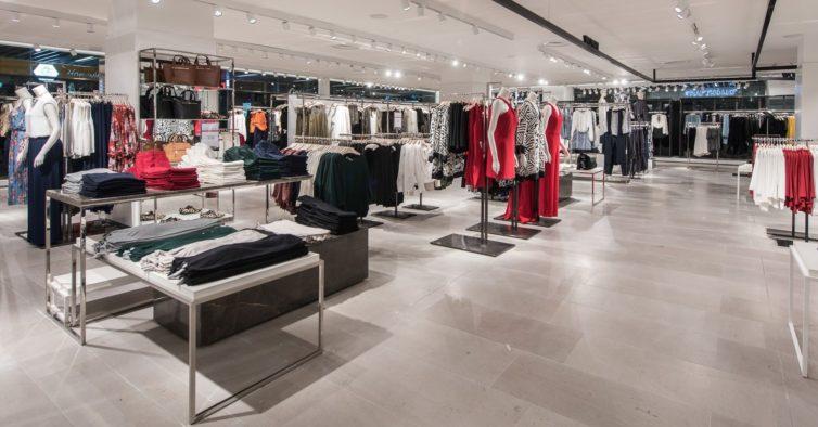 Atenção, fashion lovers: Mango tem o casaco da moda a 29,99€ (custava 79,99€)