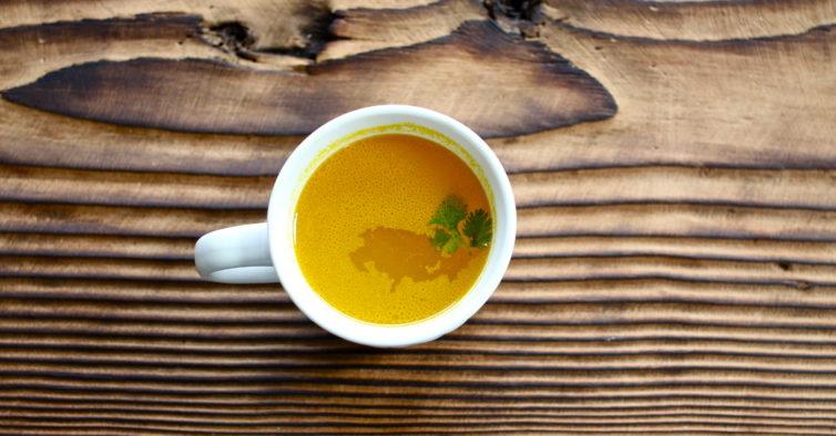 Chá de curcuma