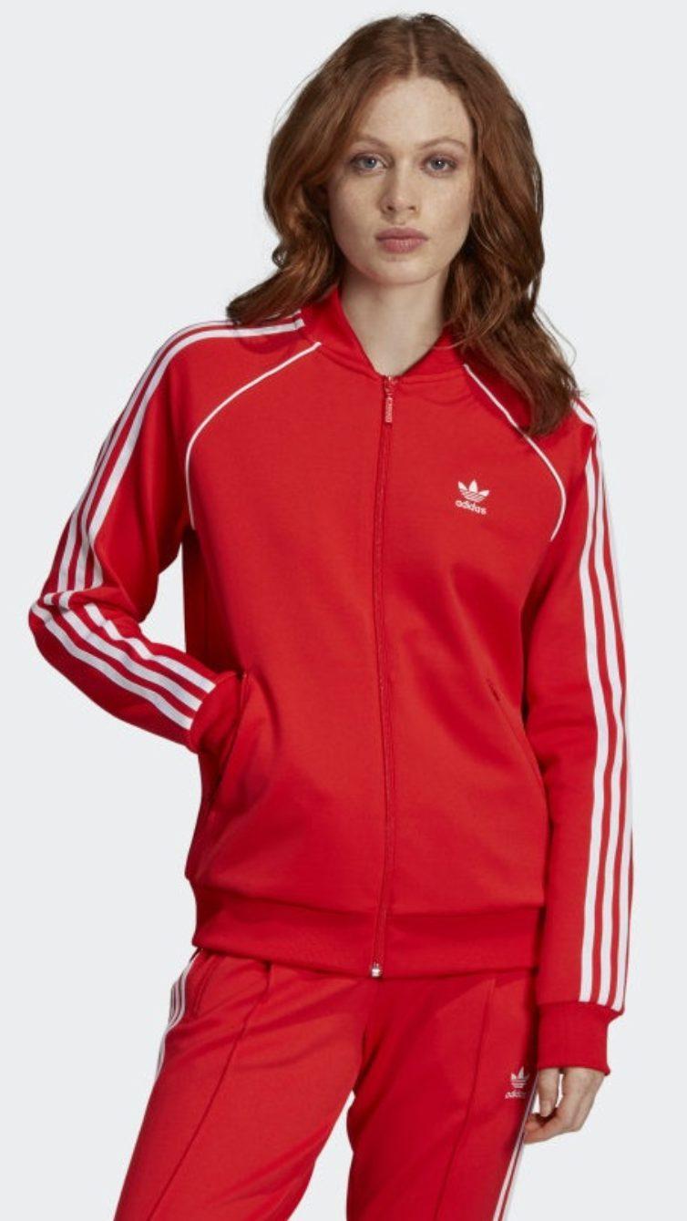 74f60bdc005 Pode combinar a peça anterior com este casaco da mesma cor. Além de ser  feito em tricô macio e elástico