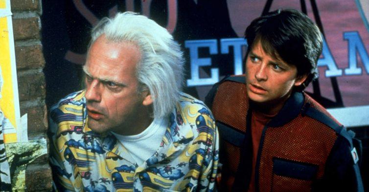"""Todos a bordo do DeLorean, os filmes de """"Regresso ao Futuro"""" vão chegar à Netflix"""