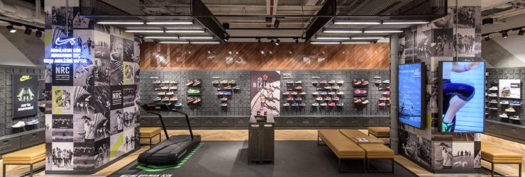36e069cbaf As novas (e populares) sapatilhas brancas da Nike são à prova de água