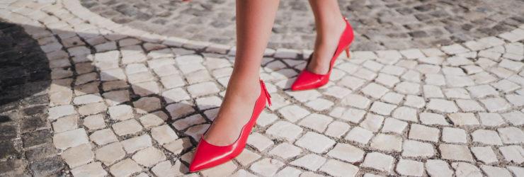 733a7424b Duas portuguesas criaram uma marca de sapatos inspirada na ilha da Madeira