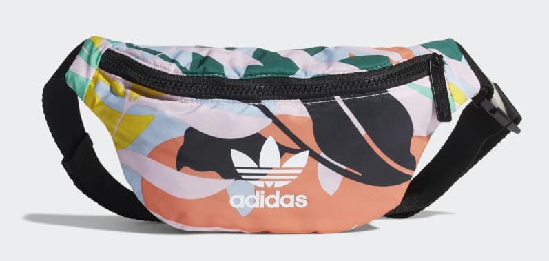 A nova bolsa de cintura da Adidas que todas as it girls vão