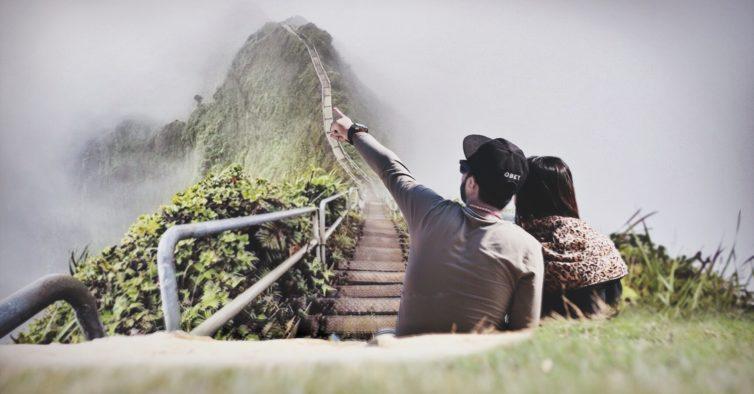 É o novo emprego de sonho: você viaja pelo mundo, os fãs do Instagram decidem como
