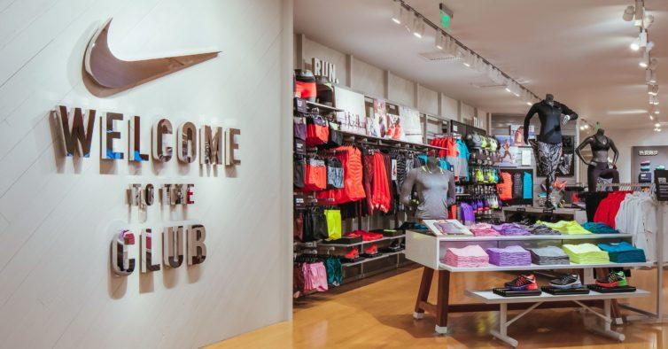 13c96bd21c3 As novas sapatilhas da Nike para a primavera estão a esgotar a toda a  velocidade