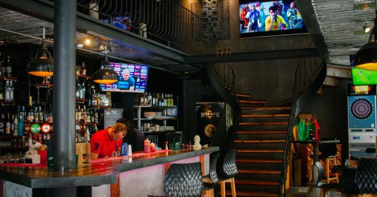 The Spot: as mulheres não pagam para beber no novo sports bar de Lisboa