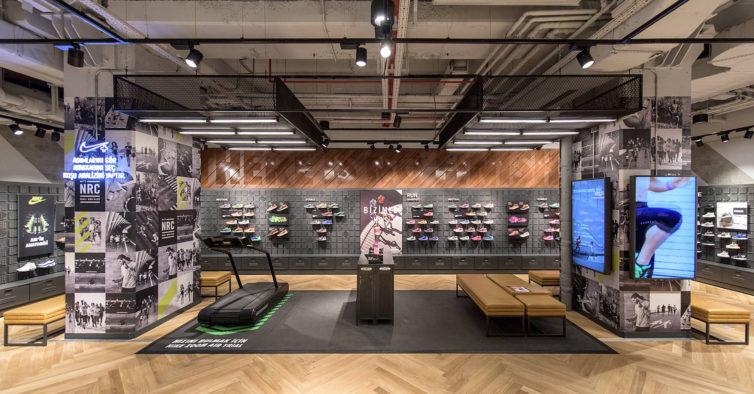 09e8aafa574 As novas sapatilhas da Nike parecem ser inspiradas na Vans (e são bem giras)