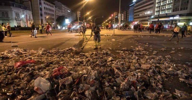 A festa do Benfica foi bonita, mas o Marquês ficou assim