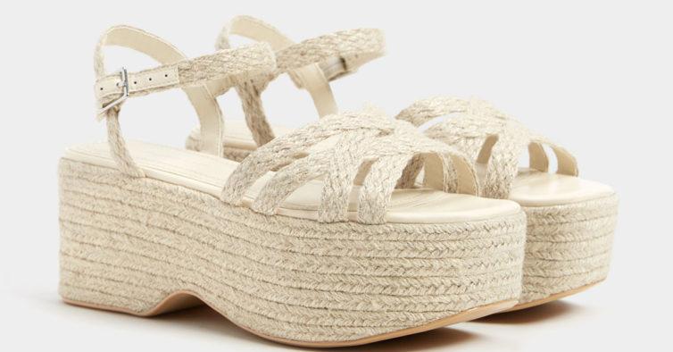 Sandálias da Bershka (32,99€)