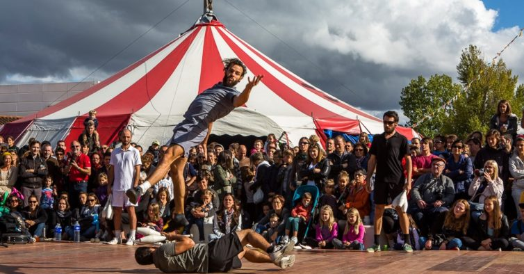 Está a chegar um enorme festival de circo ao Porto (e a entrada é grátis)