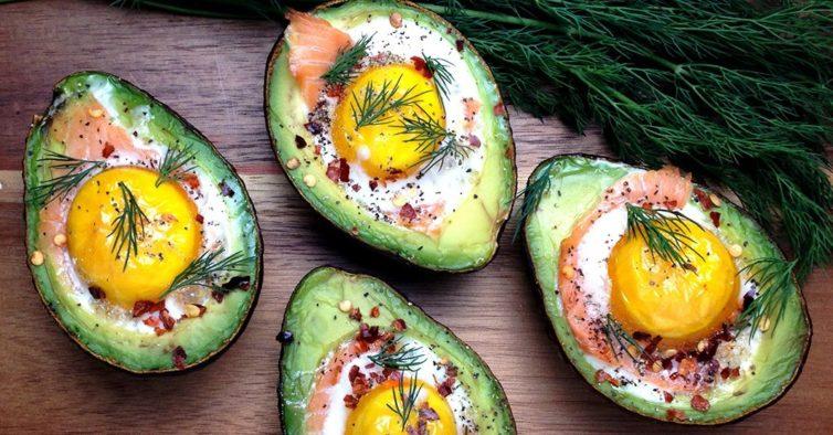 Resultado de imagem para abacate com ovo