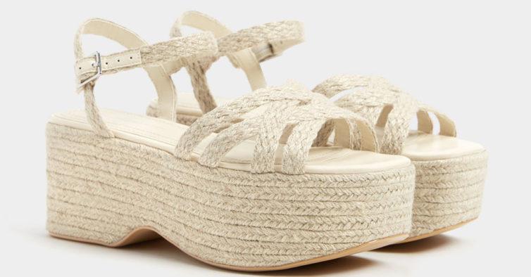 Sandálias (15,99€ e antes eram 32,99€)