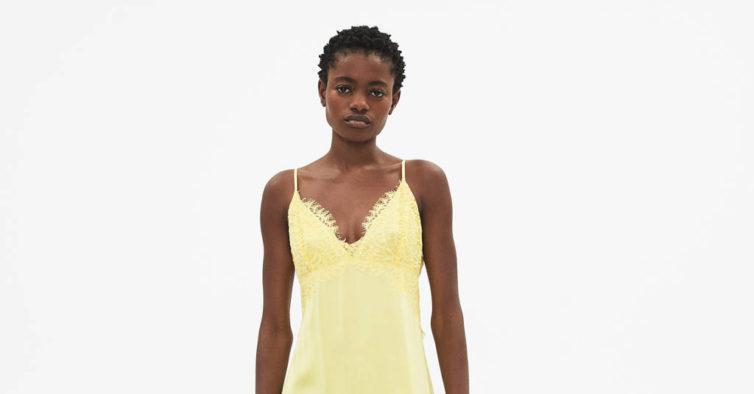 Vestido da Bershka (29,99€)