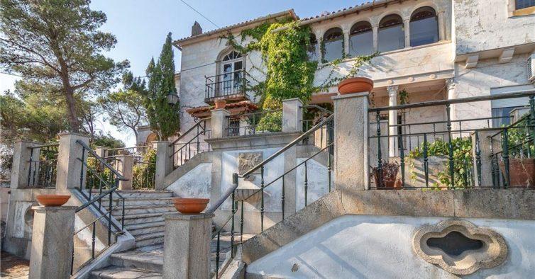A quinta espetacular onde viveu José Hermano Saraiva está à venda
