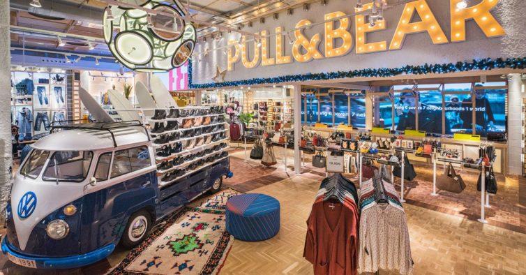 A Pull&Bear tem o casaco brilhante que vai querer levar para todas as festas