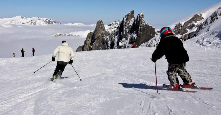 Ryanair liga Lisboa aos Pirenéus por 9,99€ — e com acesso às pistas de ski