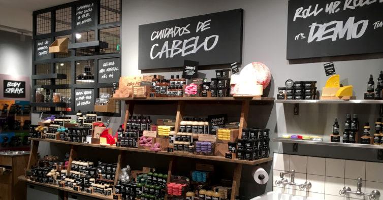 Há uma nova loja da Lush em Lisboa (com todos os cosméticos vegan que precisa)