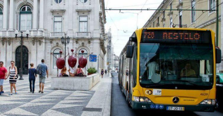 Preços dos passes nos transportes para Lisboa vão baixar para utentes do Oeste