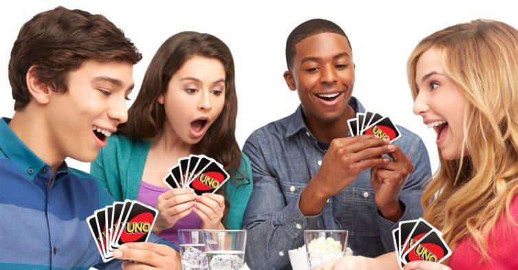UNO acaba com cartas azuis e vermelhas para evitar politização dos jogos