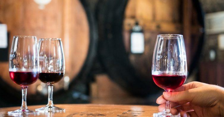 Há copos de vinho do Porto grátis em todo o País esta segunda-feira
