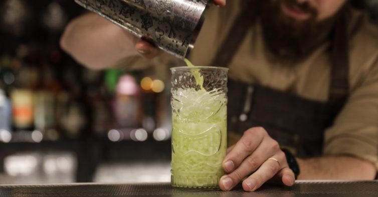 Audaz: no novo gastropub de Lisboa há petiscos e cocktails até de madrugada