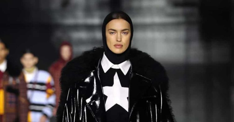 O surpreendente desfile da Burberry que teve Irina Shayk como estrela