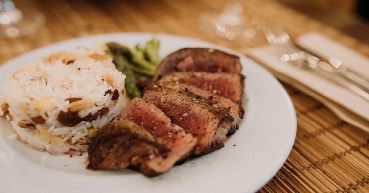 Restaurante Rice Me celebra quarto aniversário com dois novos menus