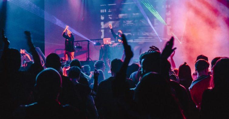Smooth FM lança concurso e está à procura de novos talentos musicais